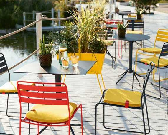 Mobilier Restauration : meuble bar, table restaurant, mobilier terrasse